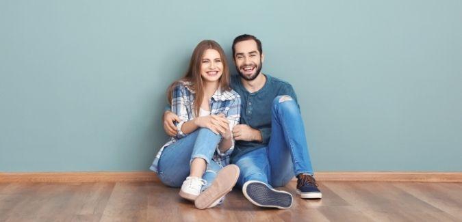 Reforma el suelo de tu hogar en Azulejos Ayuso
